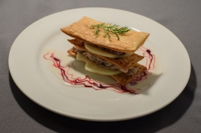 voorgerecht - Mille-feuille van appel met makreel en een vinaigrette van yoghurt
